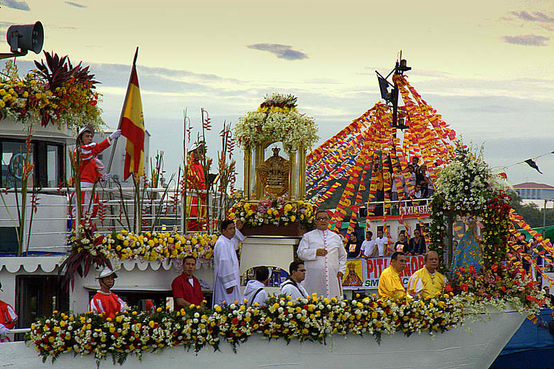 Sinulog_Festival_-_Fluvial_Procession_3298505319 (1)